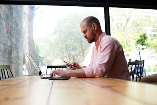 Cómo buscar trabajo a través de las redes sociales