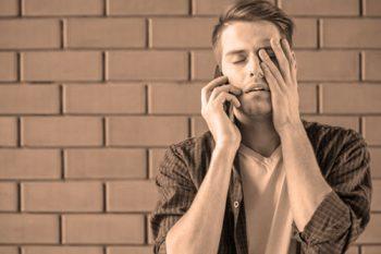 Obligación de facilitar un teléfono movil a la empresa