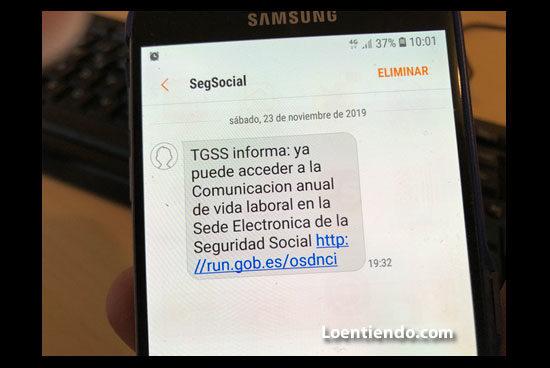 Mensaje de la Seguridad Social para descargar vida laboral desde el teléfono móvil