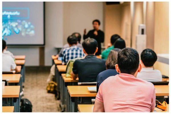 Los trabajadores en ERTE tendrán prioridad en el acceso a cursos de formación
