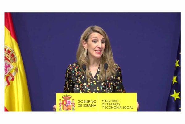 Yolanda Díaz pide tranquilidad a los usuarios del SEPE