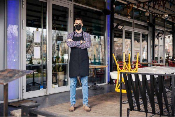 Se recuperan 70.000 empleos en marzo, pero más de 740.000 trabajadores siguen aún en ERTE